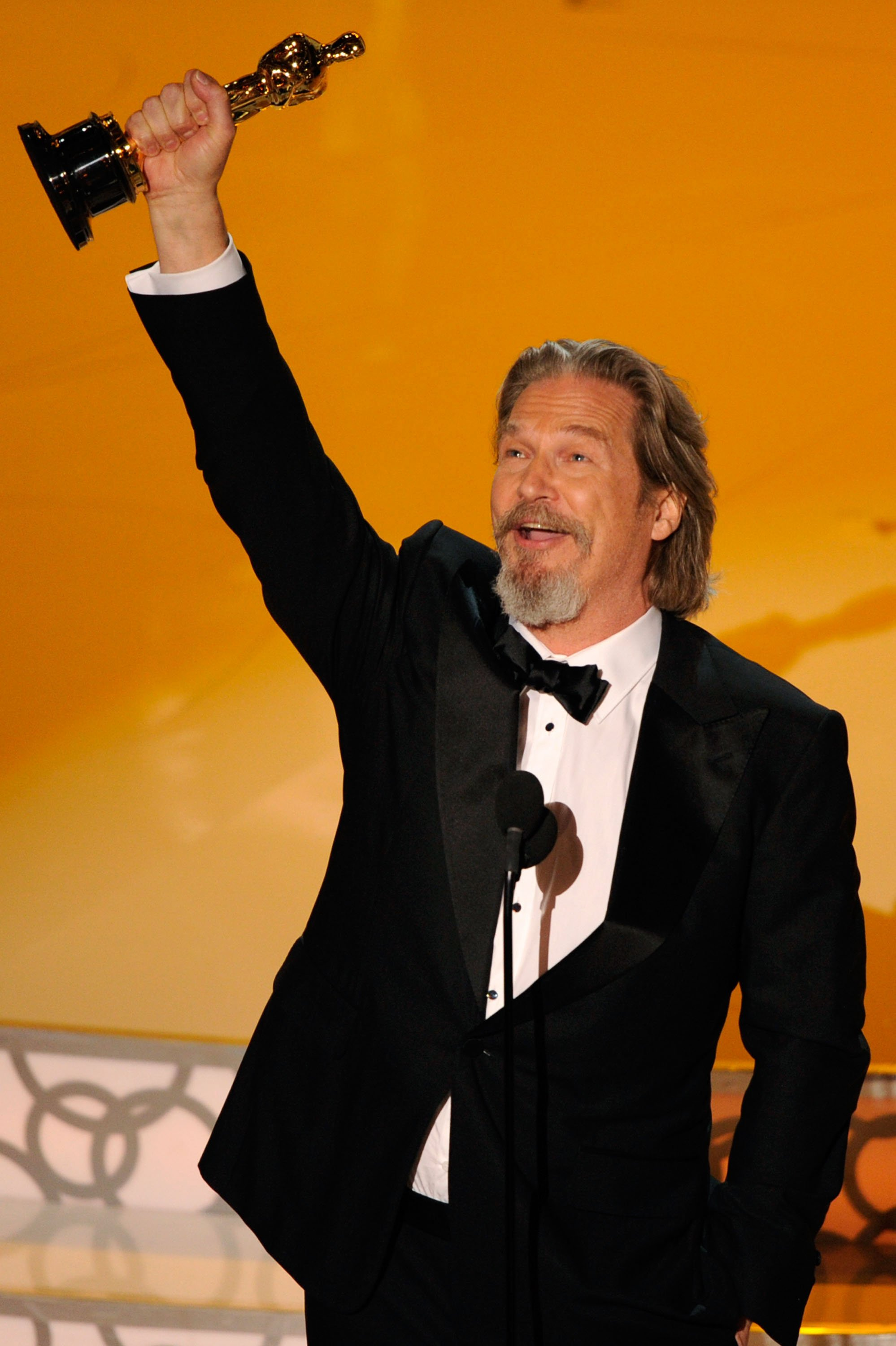 photos-quotes-best-actor-winner-jeff-bridges-2010-oscars-2010-oscars-press-room-2010-03-07-214000